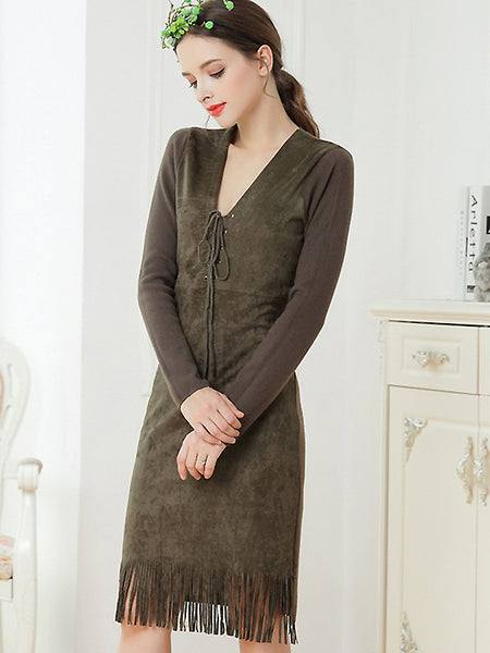 Chic Stitching V-Neck Tassels Hem Sweater Dress