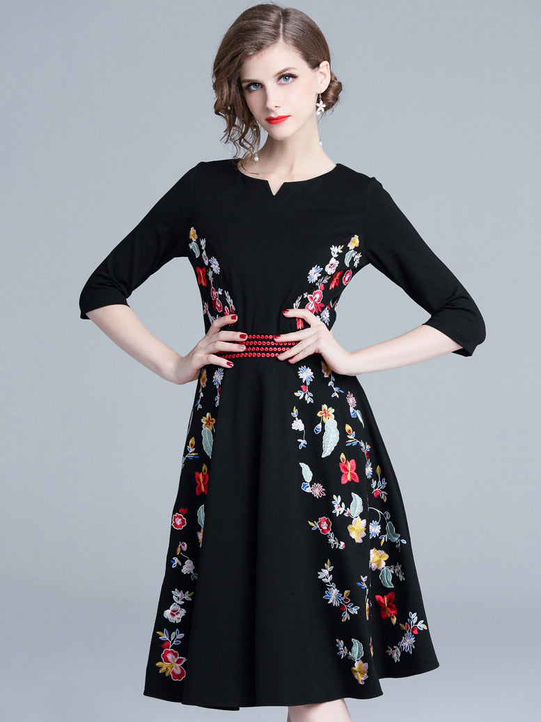 Chic Embroidery O-Neck Long Sleeve Skater A-Line Dress