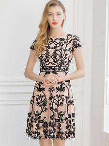 Elegant Mesh Embroidery O-Neck Short Sleeve Collect Waist Fit & Flare Dress
