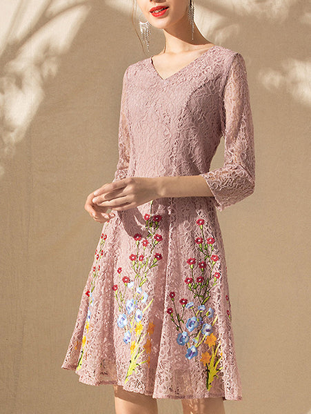 Lace Floral Embroidery V-Neck 3/4 Sleeve Big Hem Skater Dress