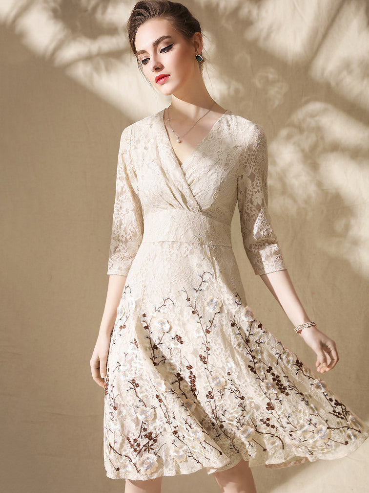 Lace Embroidery Lacing V-Neck Half Sleeve Slim Big Hem Dress