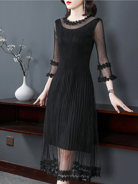 Irregular Mesh Stitching Crochet O-Neck 3/4 Sleeve Big Hem Dress