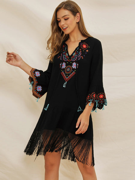 Folk Fashion Tassels Embroidery Flare Sleeve V-Neck Shift Dress