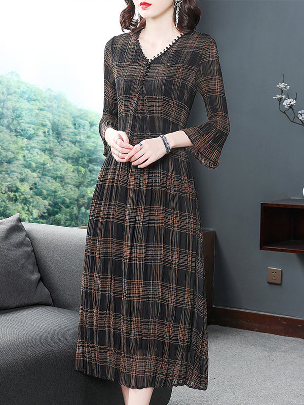 Simple Plaid Deep V-Neck Pleated Big Hem Midi Dress