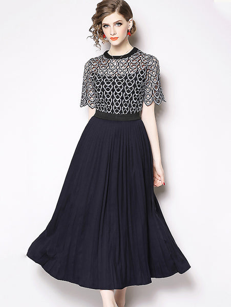 Fashion Scale Hollow Out Embroidery Lace Stitching Pleated Dress