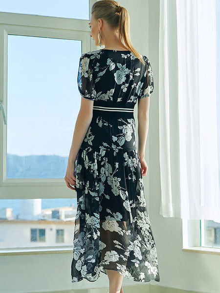 Graceful Rose Print Perspective V-Neck A-Line Dress
