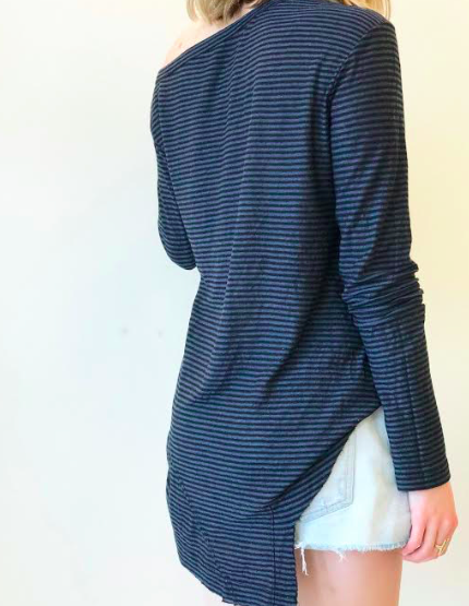 One Shoulder Stripe Tee - Black/Grey