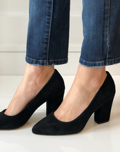Gigi Block Heel Pump - Black