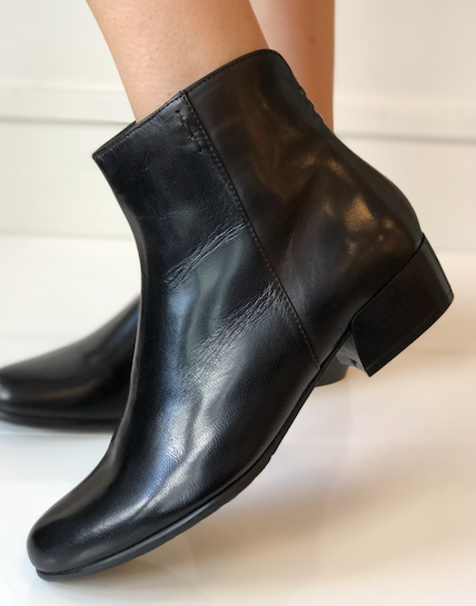 Betty Boot - Black Leather