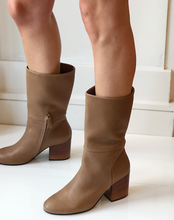 Aquari Boot - Tan Leather