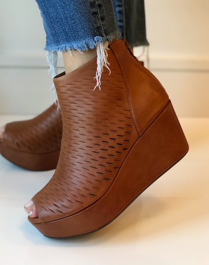 Warner Bootie - Whiskey Leather