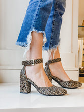 Jan- Grey Leopard Calf Hair