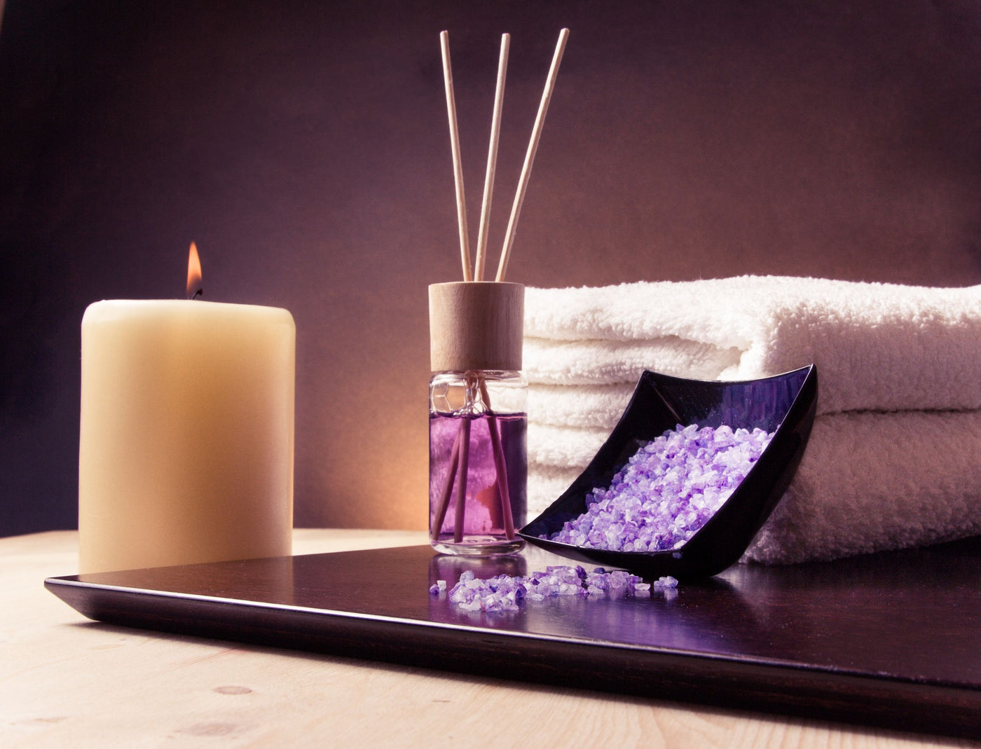 Best Hotel Scents Candles Diffusers
