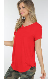 V neck tee in red