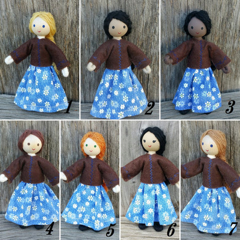 Dollhouse dolls Wildflower toys
