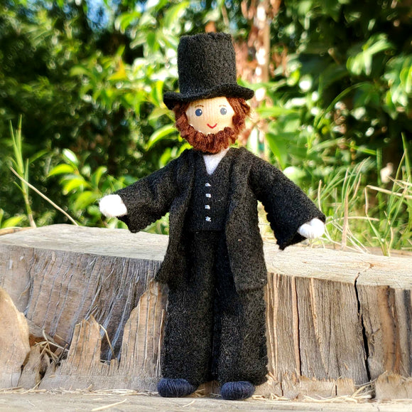 miniature Abraham Lincoln doll