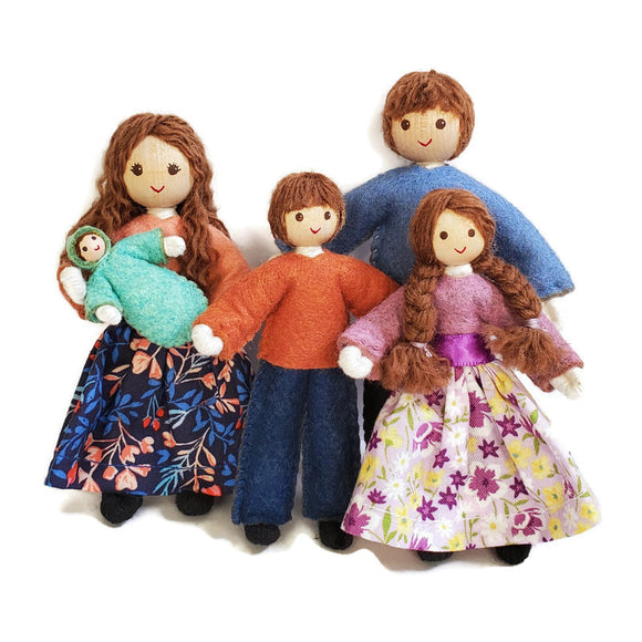 Dollhouse Family  with Big Kids - Brown Hair