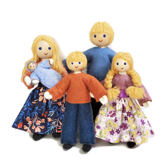 Dollhouse Family with Big Kids - Blonde Hair