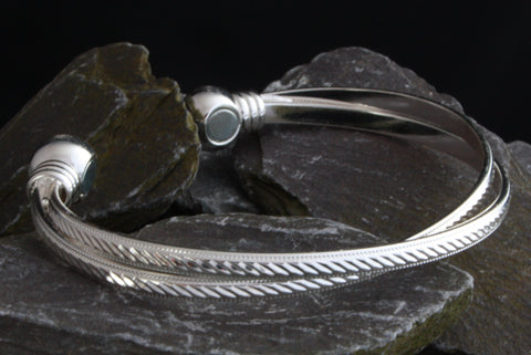 Ladies Silver Magnetic Bangle