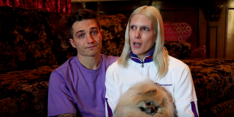 Jeffree Star, with his long-time boyfriend Nathan Schwandt, share the news that their Pomeranian Diamond has passed away.