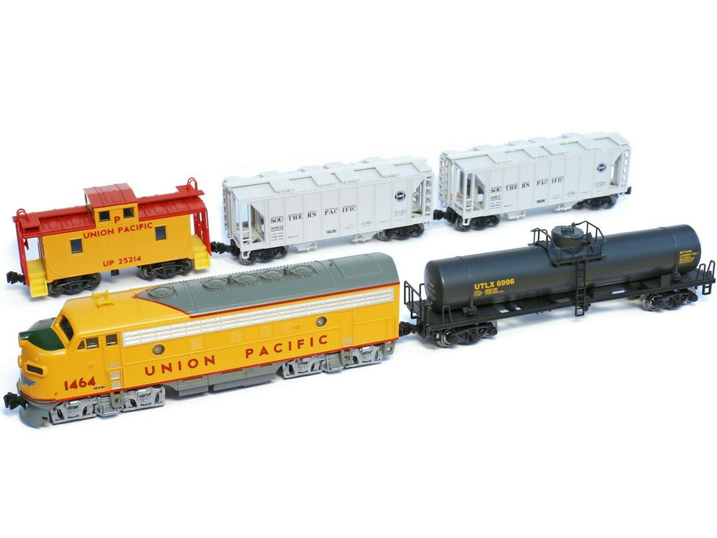 Kato Set F7 A Union Pacific + 4 Güterwagen