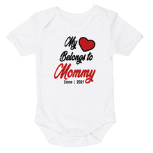 Load image into Gallery viewer, My Heart Belongs To Mommy Daddy | My Hart Behoort Aan Mamma Pappa | Custom Wording | Baby Vest Only