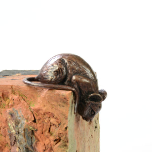 Over the edge mouse - life-size bronze sculpture by David Meredith