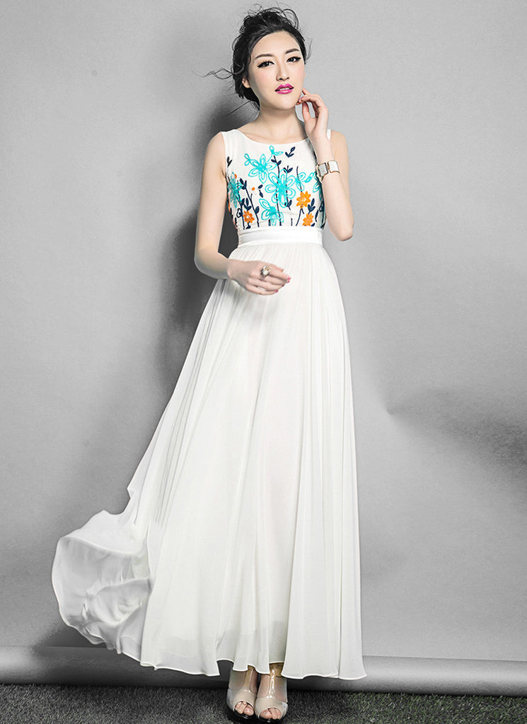 Sleeveless White Maxi Dress with Colorful Cord Embroider Lace Top