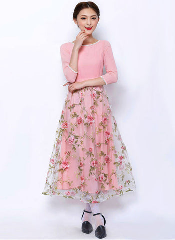 Floral Printed Pink Maxi Dress with White Lace Details RM299