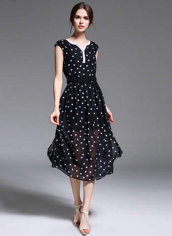 Black Polka Dot Midi Dress with Sweetheart Neckline MD7