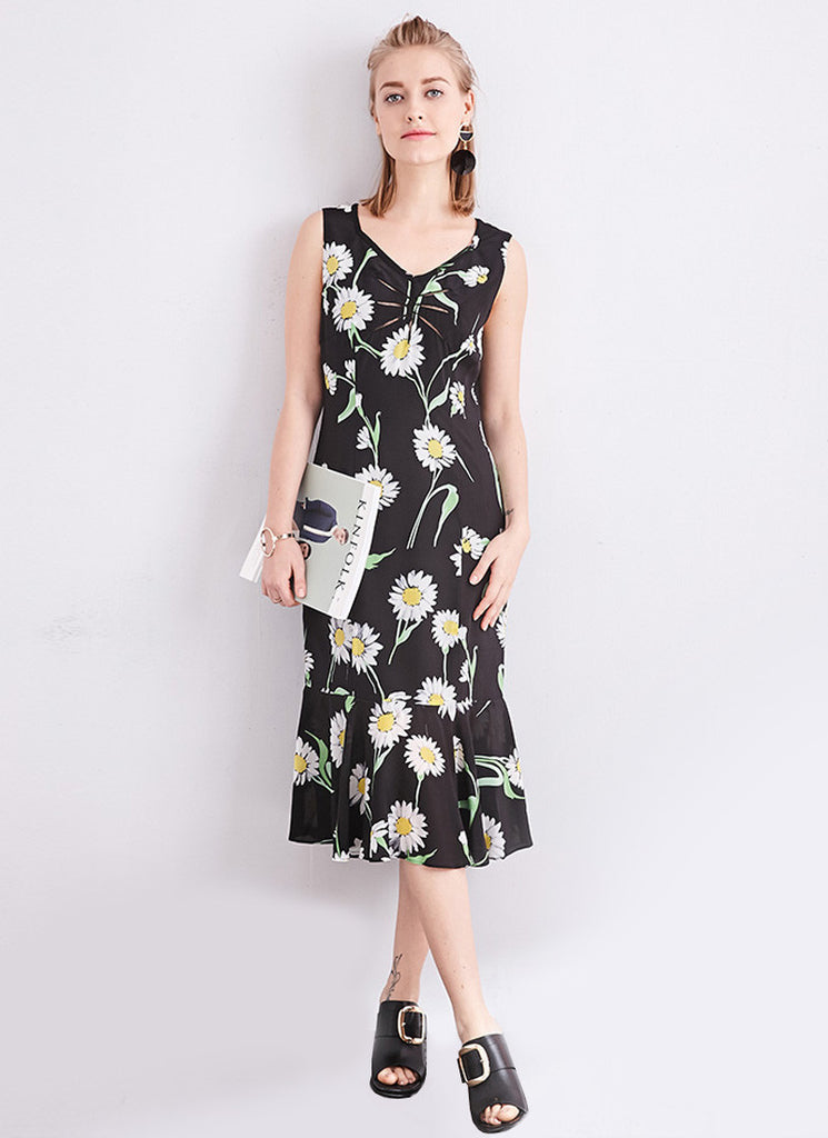 Sleeveless V Neck Black Daisy Midi Dress with Flounce Hem