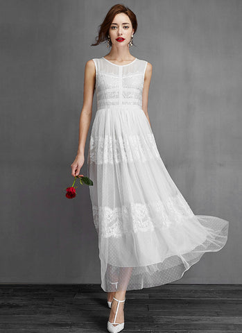 White Lace Tulle Maxi Dress with Banded Bodice RM647