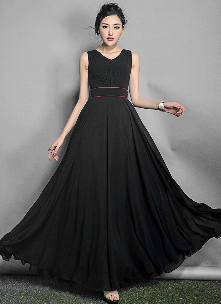 V Neck Black Maxi Dress with Red Piping on Waist Yoke