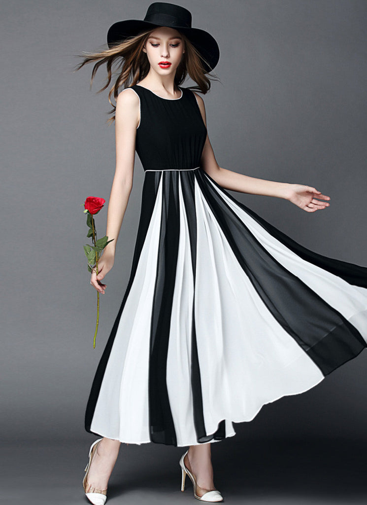 Black Chiffon Maxi Dress with Contrast White Fabric Insertion on Skirt RM570