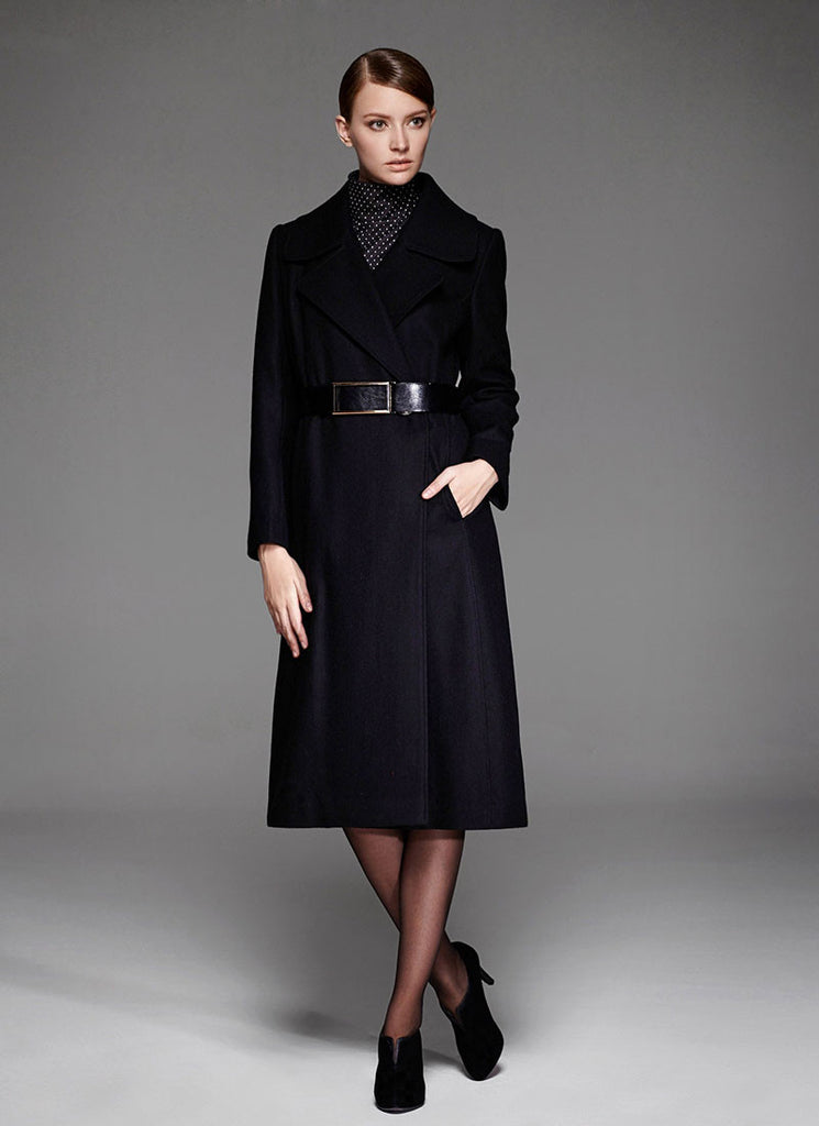 Navy Cashmere Wool Coat with Large Collar and Lapel