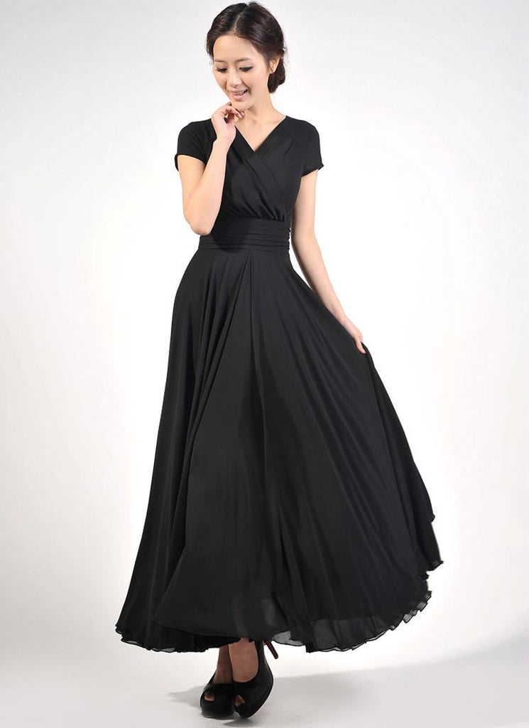 Cap Sleeve Black Maxi Dress with V Neck & Ruched Waist Yoke