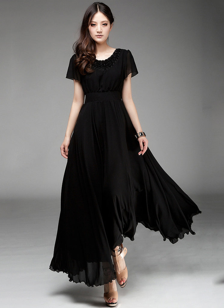 Black Maxi Dress with Floral Appliqué Lace Neck