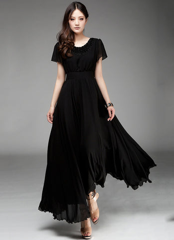Black Maxi Dress with Floral Appliqué Lace Neck RM160