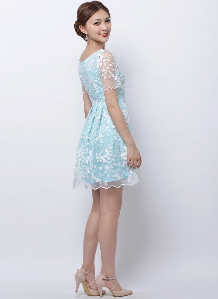 a6a53661910e Embroidered White Lace Mini Dress with Blue Lining RM93 – RobePlus