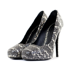 Load image into Gallery viewer, Python Monochrome Court Shoes 39
