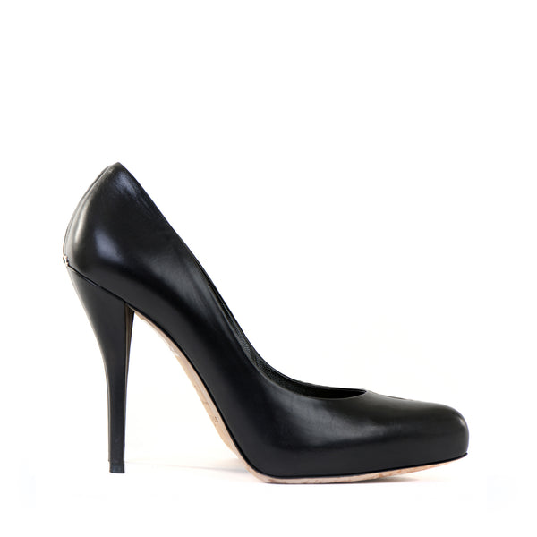 Black Leather Pointed Courts 39