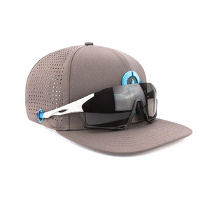 Sweat Out Hat 2.0 - with sunglasses holder