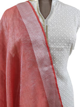 Load image into Gallery viewer, Handloom Tissue Linen Solid Pink Dupatta BLD06