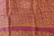 Load image into Gallery viewer, Pink Hand Embroidered Tepchi work Chikankari Lakhnavi Kota Cotton Saree CK48