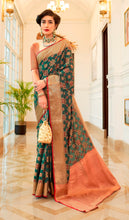Load image into Gallery viewer, Designer Green Patola Weave Heavy Look Silk Saree KM02