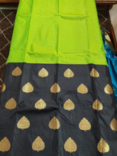Load image into Gallery viewer, Green Black Kanchi Blend Kanjivaram Silk Saree Kanchi12 - Ethnic's By Anvi Creations