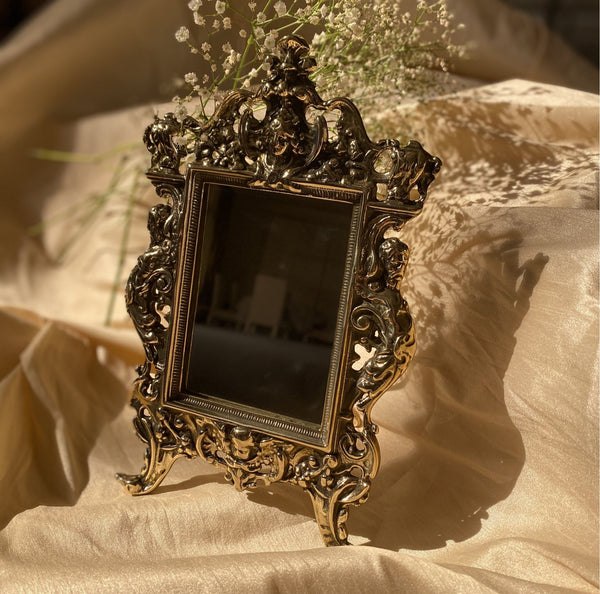"""ANTIQUE BEAUTY"" VINTAGE MIRROR"