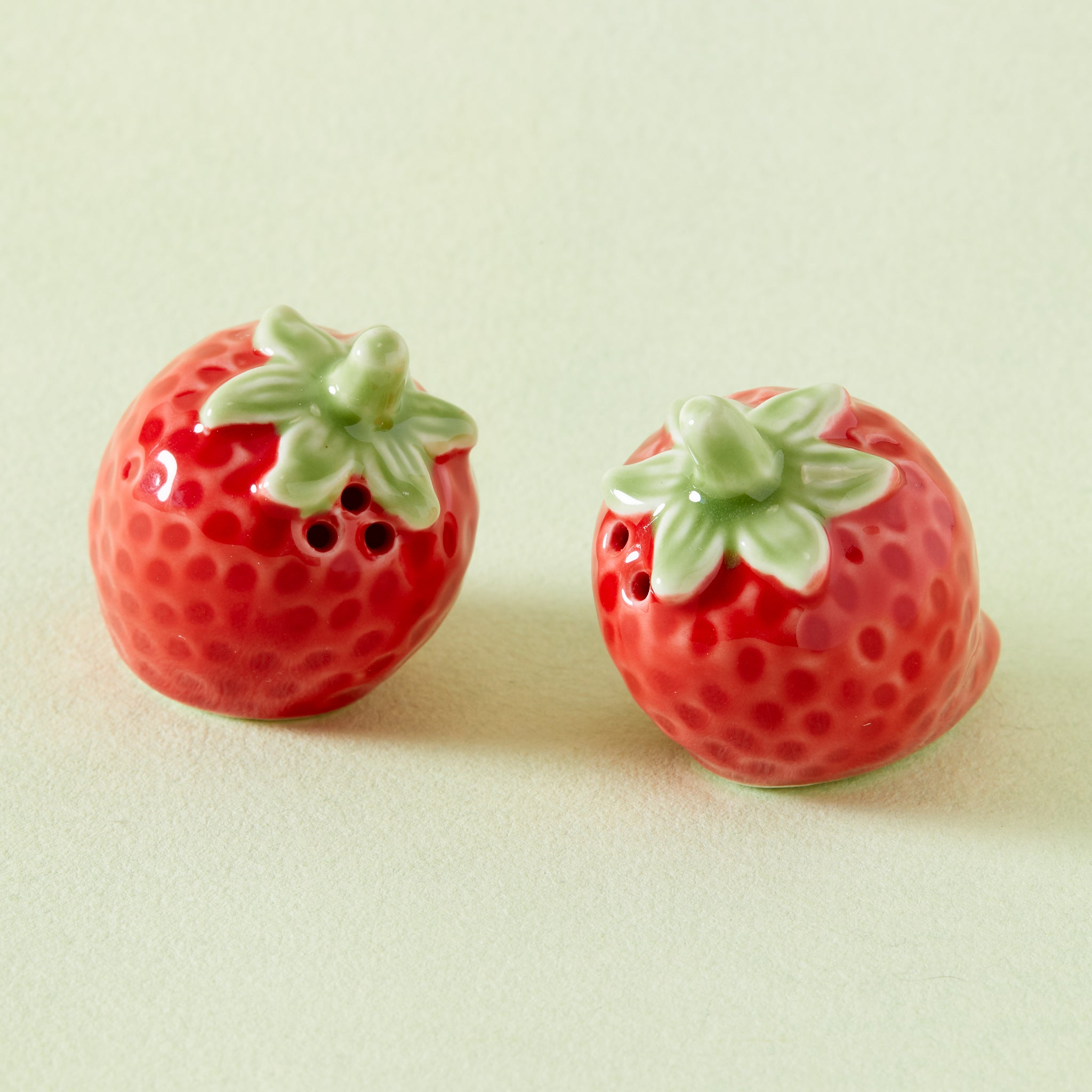 Strawberry Salt & Pepper Shaker Set