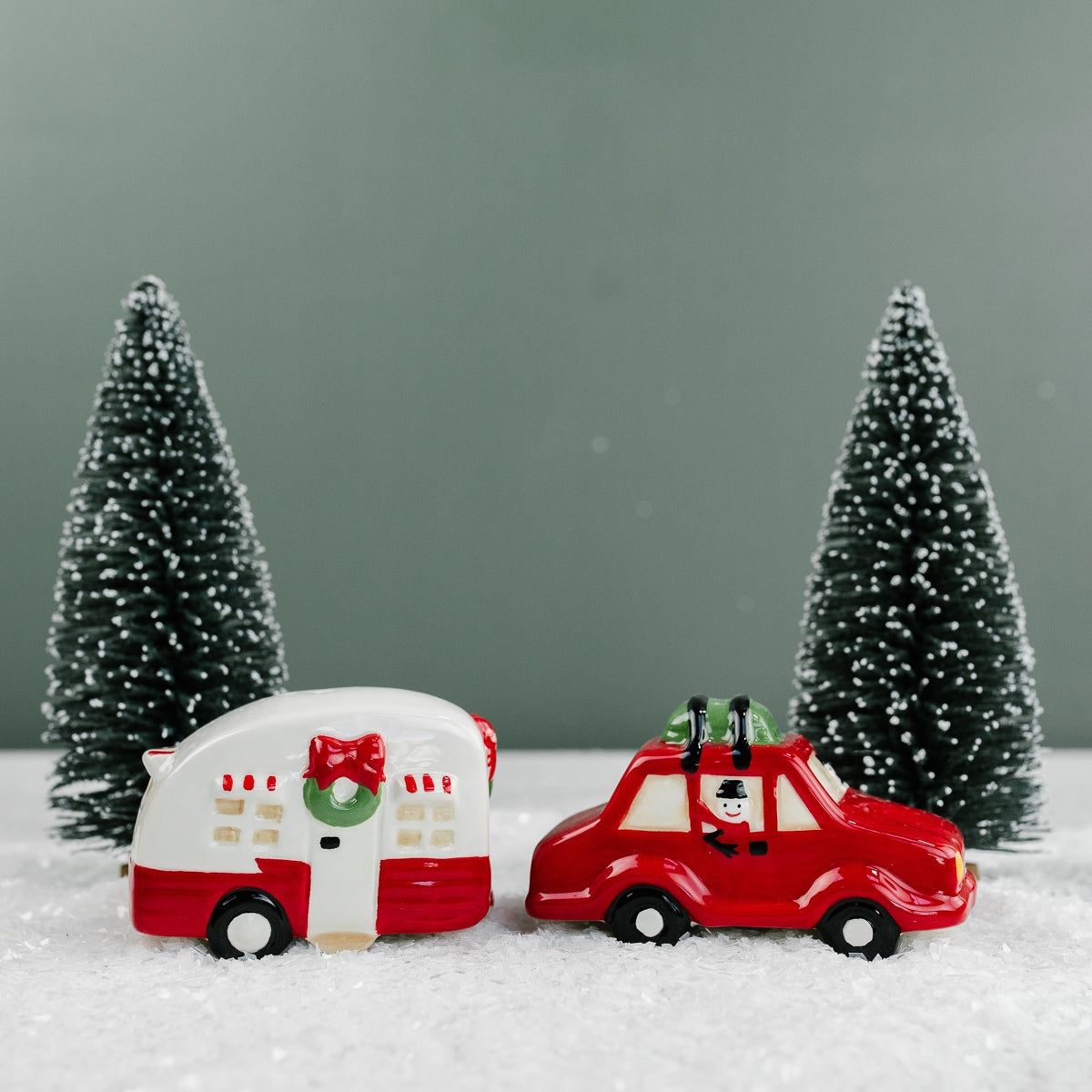 Holiday Travel Salt & Pepper Shaker Set