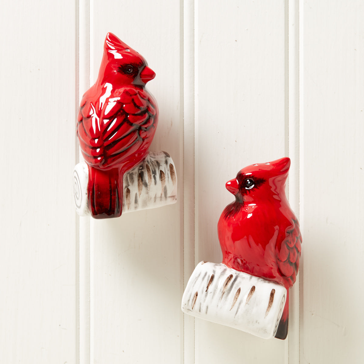 Cardinal Holiday Salt & Pepper Shaker Set